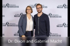 Dr-Dixon-and-Gabriel_Macht_Moment_res